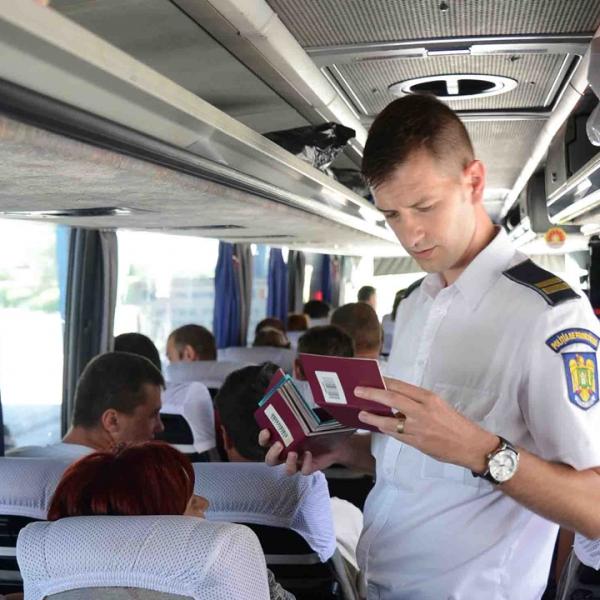 Poliţiştii de frontieră sunt pregătiţi pentru afluxul de călători din perioada Sărbătorilor Pascale