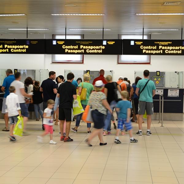 Modificări legislative privind călătoria în străinătate a cetățenilor români minori