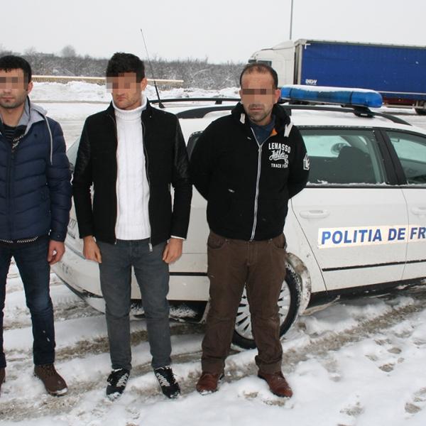 Doi cetăţeni turci și un sirian au încercat sa intre ilegal în România prin P.T.F. Calafat