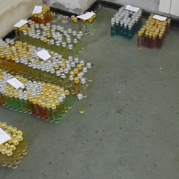 Bunuri susceptibile a fi contrafăcute, confiscate la P.T.F Giurgiu