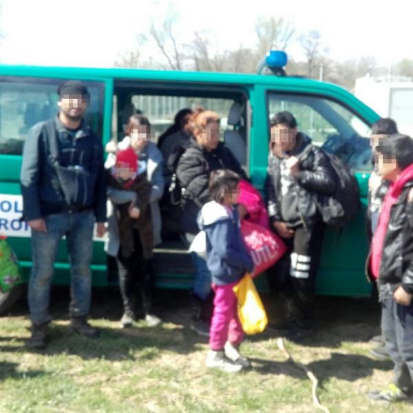 31 cetăţeni străini, opriţi la frontiera cu Serbia
