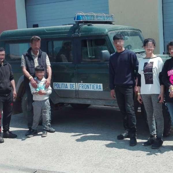 Șapte cetățeni străini, opriţi la frontiera cu Serbia