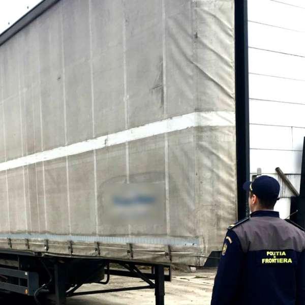 Remorcă furată și căutată de autoritățile din Slovenia,depistat în P.T.F. Stamora-Moravița