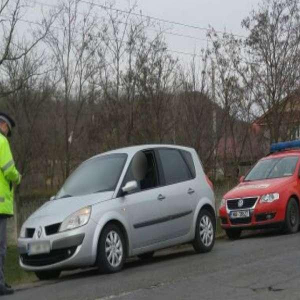 Bărbat fără permis de conducere, depistat de polițiștii de frontieră la volanul unui autoturism