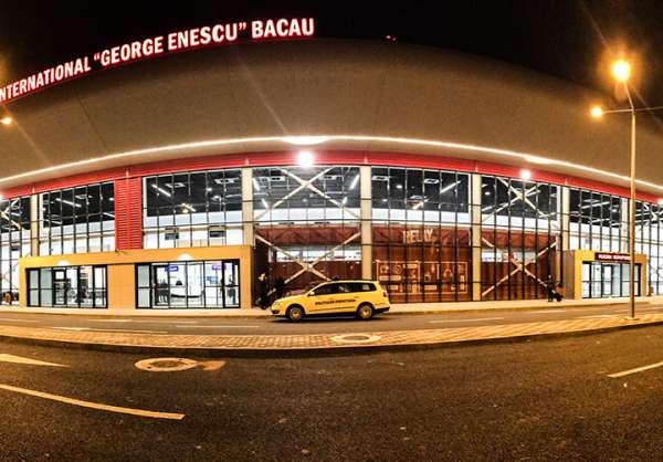 """Bine ați venit la Aeroportul Internațional """"George Enescu"""" Bacău -Bravo Alpha Charlie Alpha Uniform,46.5311° N, 26.9107° E"""