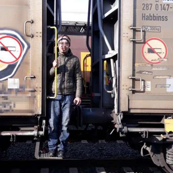 Tânăr tunisian descoperit ascuns într-un tren internaţional,  la P.T.F. Curtici