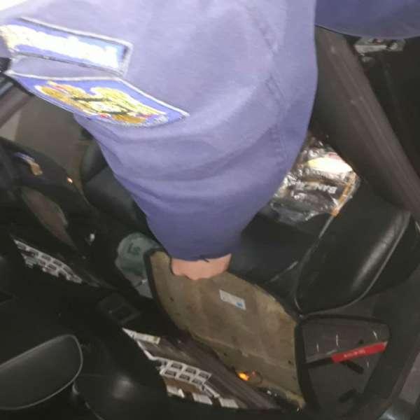 Mercedes antifonat cu țigări de contrabandă