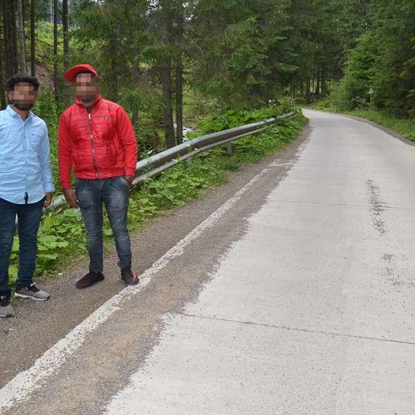 Trei cetățeni indieni, opriți la frontiera de nord a țării