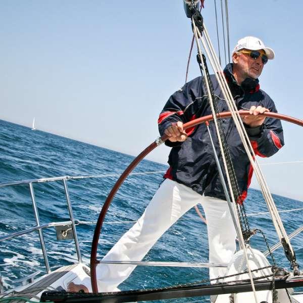 """""""Let your dreams set sail"""", Sorin Drugan, navigatorul care la 62 de ani a traversat Atlanticul într-o barcă cu vele"""