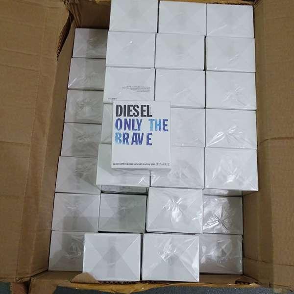 Mii de bunuri susceptibile a fi contrafăcute, confiscate de polițiștii de frontieră din cadrul P.T.F. Giurgiu