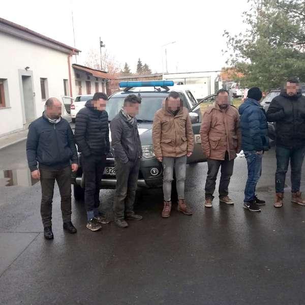 Nouă persoane oprite la frontiera cu Serbia