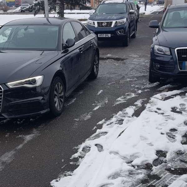 Trei autoturisme căutate de autorităţi în valoare de 100.000 de euro, descoperite la P.T.F. Borş