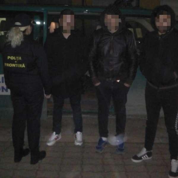 Patru cetăţeni din Albania, opriţi la frontiera cu Serbia