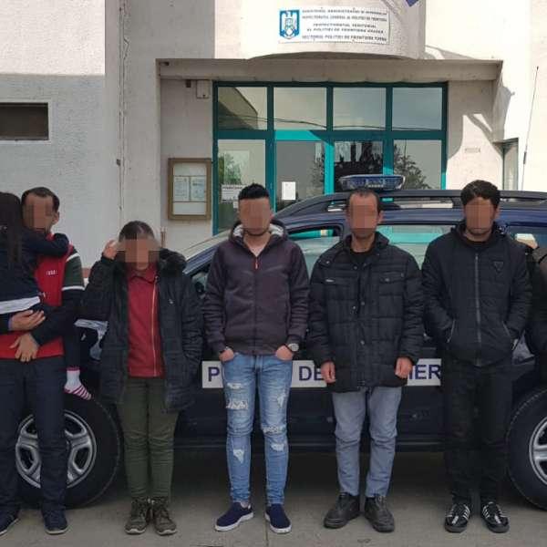 Şapte cetățeni străini, depistaţi la frontiera cu Ungaria
