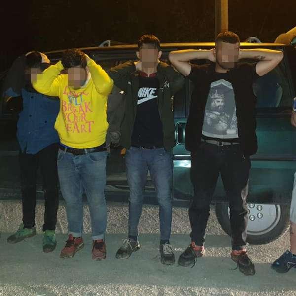 Trei cetăţeni bulgari arestaţi preventiv pentru călăuzirea a cinci cetăţeni irakieni