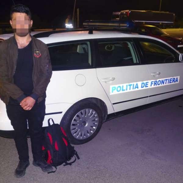 Cetăţean  turc, ascuns deasupra cabinei unui autocamion, depistat la PTF Calafat