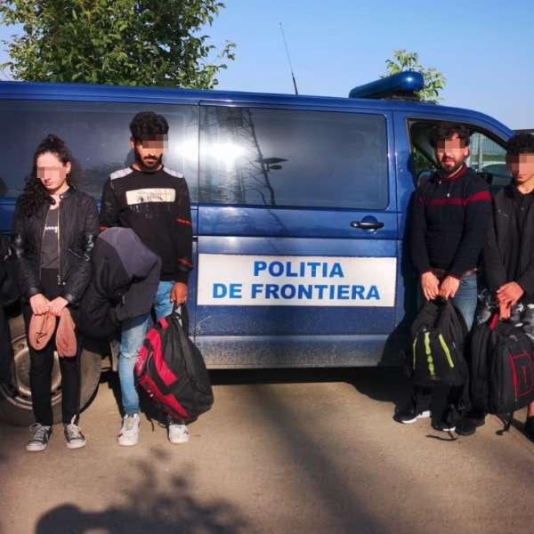 Cinci irakieni călăuziţi de un cetăţean sârb, opriţi la frontiera cu Serbia