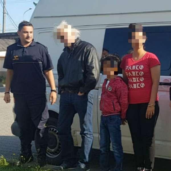 Doi irakieni călăuziţi de un cetăţean argentinian, opriţi la frontiera cu Serbia