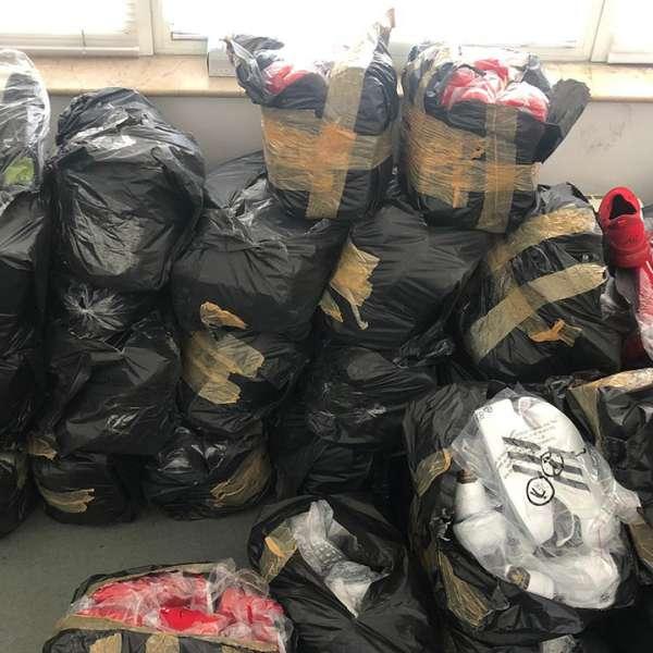Bunuri în valoare de aproximativ 650.000 lei, susceptibile a fi contrafăcute,confiscate de polițiștii de frontieră din P.T.F. Giurgiu