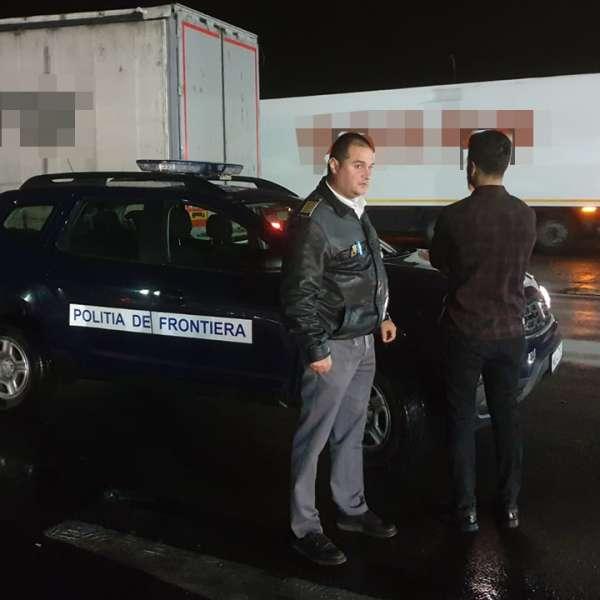 Cetăţean turc, arestat preventiv pentru traficarea unui conaţional