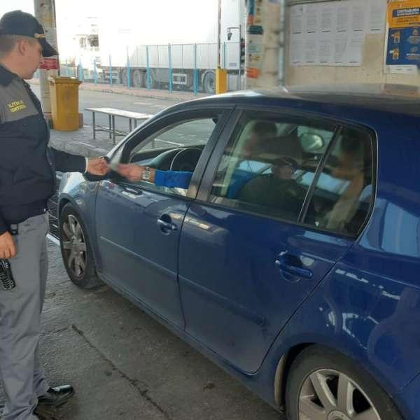 Infracțiuni la regimul juridic al circulației rutiere,depistate de poliţiştii de frontieră gălăţeni