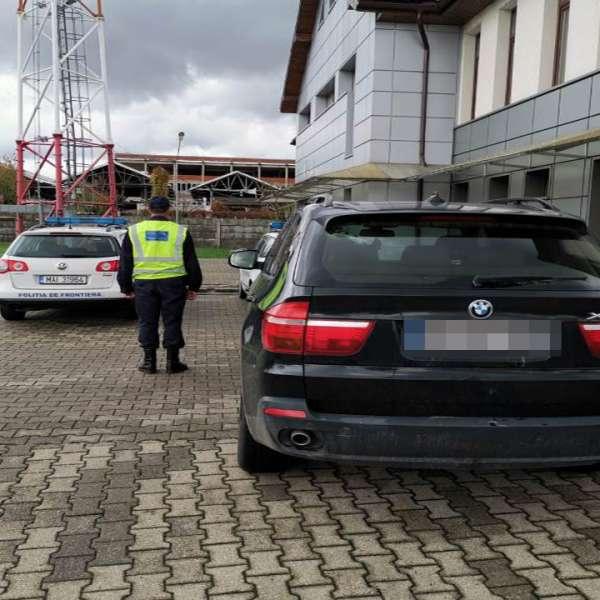 Autoturism căutat în Germania, oprit în localitatea Vama