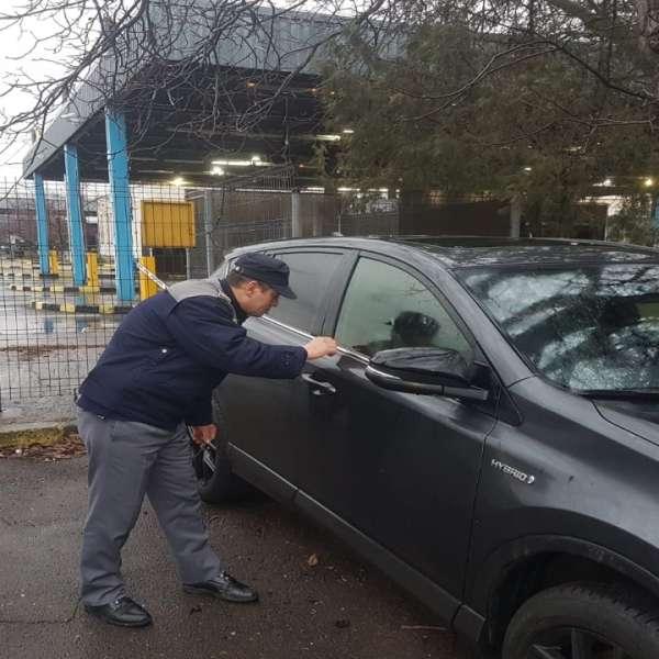 Autoturisme semnalate furate în Olanda şi Marea Britanie, depistate la frontieră