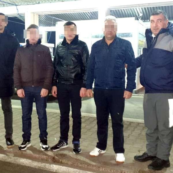 Patru cetățeni din Uzbekistan, cu documente de călătorie lituaniene false, depistați la P.T.F. Giurgiu