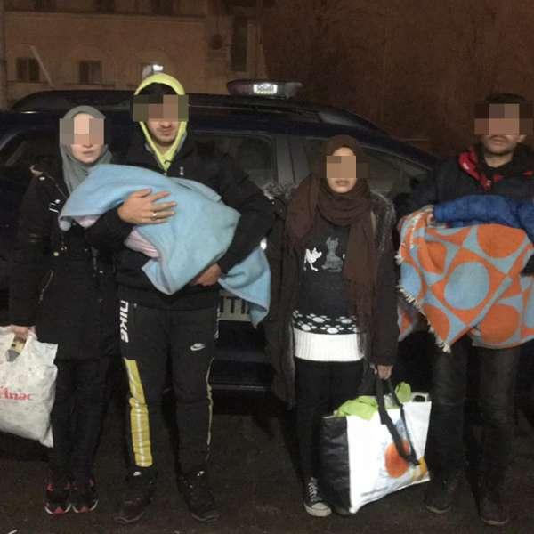 Două familii de sirieni, depistate în apropierea frontierei cu Ungaria