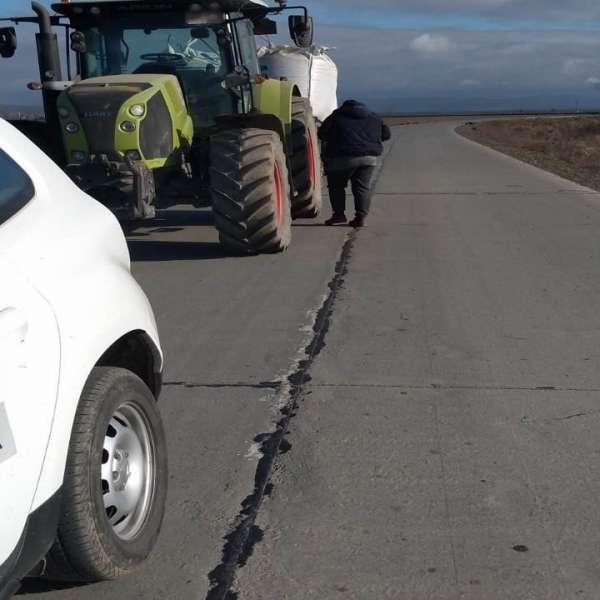 Tractor cu remorcă neînmatriculată,depistat în trafic de polițiștii de frontieră brăileni