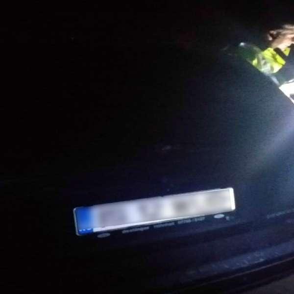 Depistat la volan fără permis de conducere și sub influența băuturilor alcoolice
