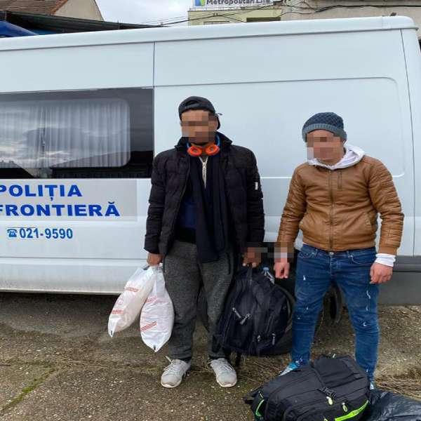 Doi cetăţeni marocani depistaţi la frontiera cu Ungaria