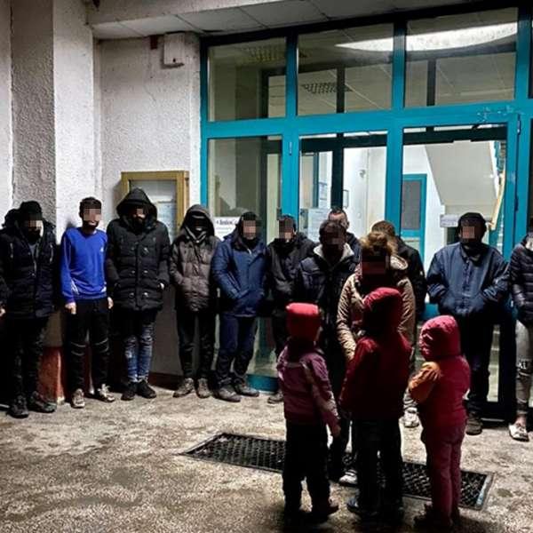 Nouăsprezece cetăţeni din Irak, Palestina şi Siria, opriţi la frontiera cu Ungaria