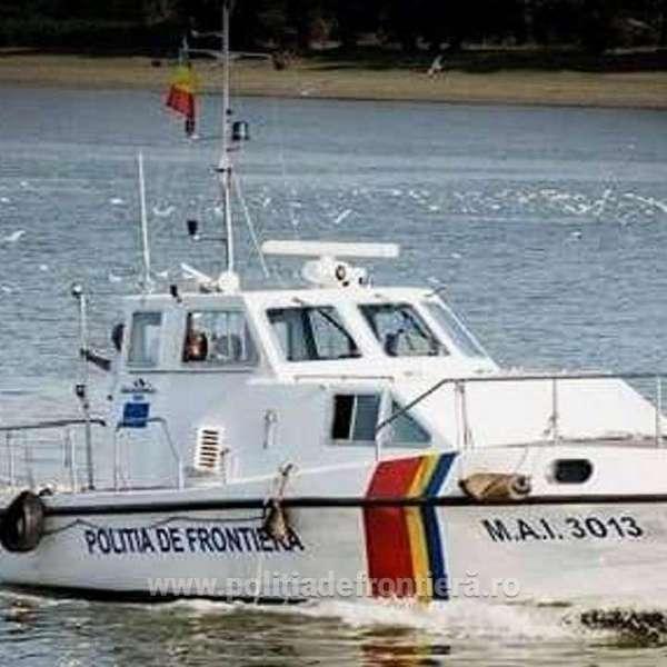Doi turişti români aflați în pericol, salvaţi de poliţiştii de frontieră