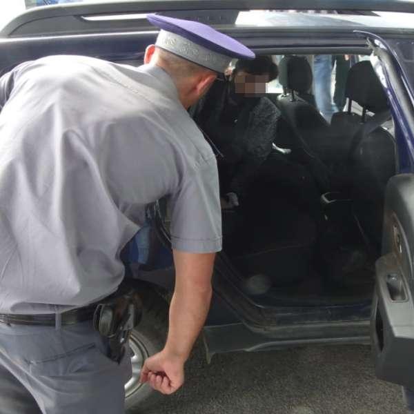 Cetăţean irakian, care intenţiona să intre fraudulos în România,depistat la P.T.F. Calafat