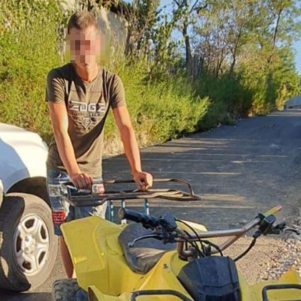 Tânăr depistat conducând un ATV neîmatriculat