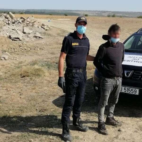 Cetățean din R.Moldova oprit la frontieră,după ce a incercat să intre ilegal în România