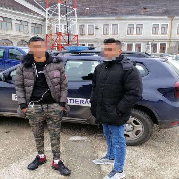 Doi libieni reținuți la frontiera cu Ungaria