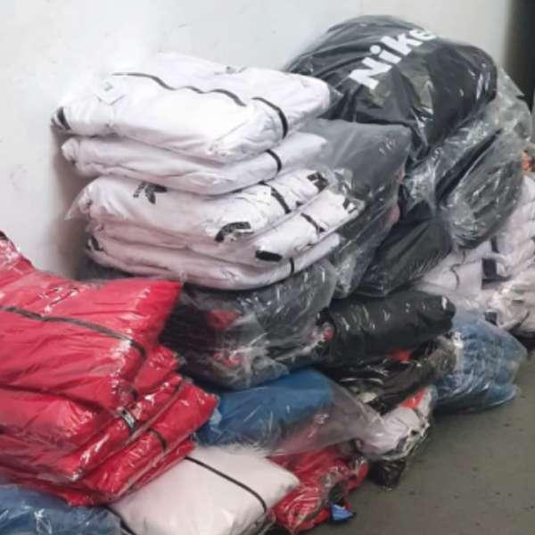 Bunuri susceptibile a fi contrafăcute, a căror valoare depășește 118.000 lei,confiscate de polițiștii de frontieră din cadrul P.T.F. Giurgiu