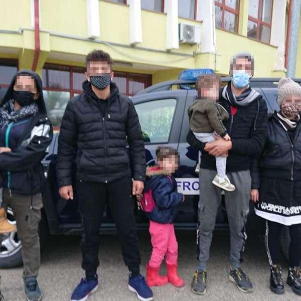 Călăuză arestată preventiv pentru trafic de migranţi