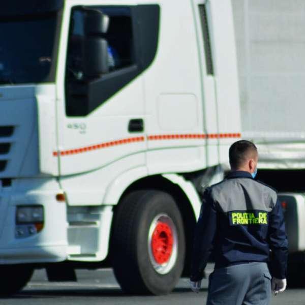 Autocamion căutat de autorităţile din Spania, descoperit de poliţiştii de frontieră din P.T.F. Nădlac II
