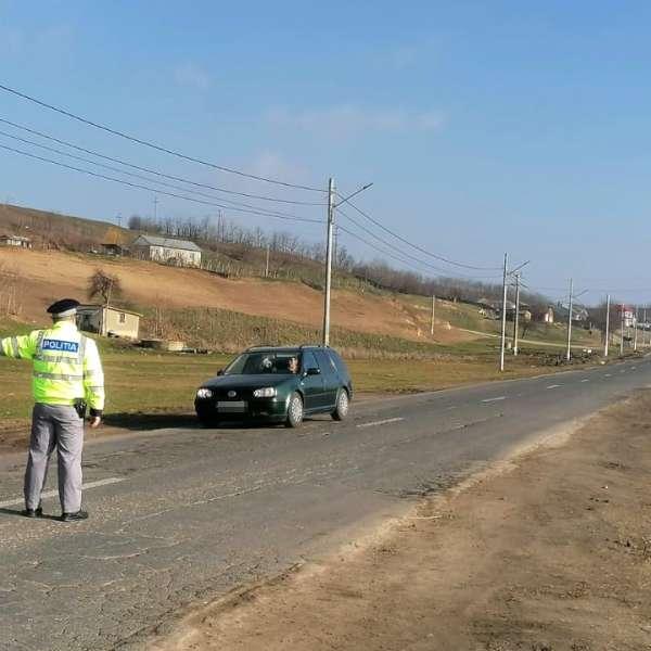 Depistat la volan, cu dreptul de a conduce suspendat