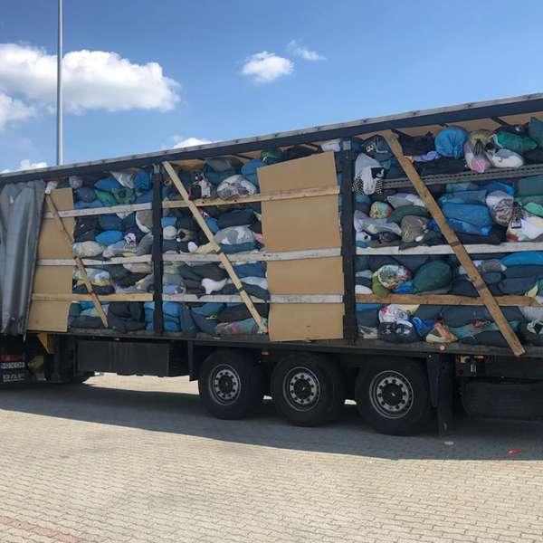 Șase automarfare cu peste 100.000 kg de deșeuri oprite să intre în Romania, prin Punctele de Trecere a Frontierei Borș și Vărșand