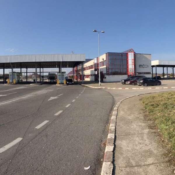 Automarfare încărcate cu deșeuri, oprit să intre în România, prin P.T.F. Petea