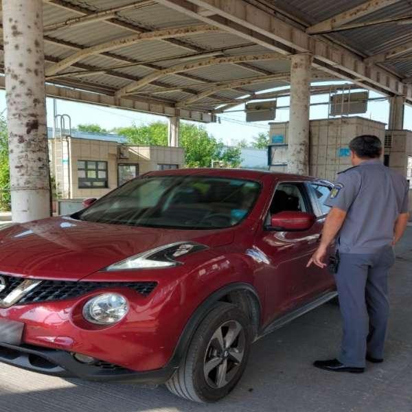 Autoturism radiat din circulaţie,descoperit în trafic de polițiștii de frontieră din P.T.F. Galați rutier
