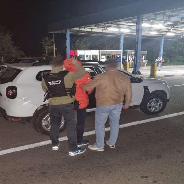 Contrabandist condamnat, căutat de autoritățile române,depistat la controlul de frontieră în Albița