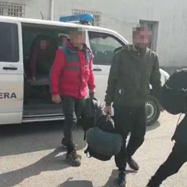 Doisprezece cetăţeni din Iran și Irak, depistaţi la malul Dunării de poliţiştii de frontieră mehedinţeni