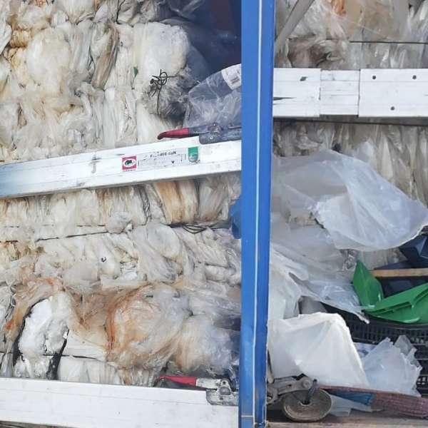 15 tone deșeuri transportate ilegal din Bulgaria, oprite la P.T.F. Giurgiu